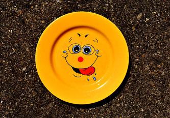 Buntes Teller für Kinder