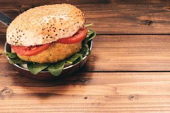 Burger vegan Holz