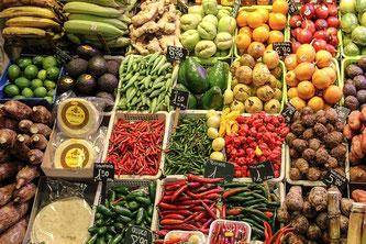 Gemüse und Obst im Markt