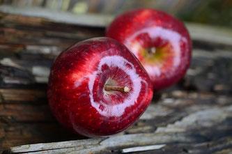 2 Äpfel rot