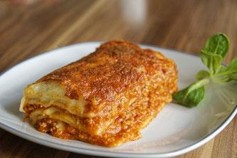 Lasagne auf Teller