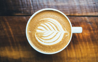 Tasse mit Cappuccino