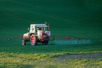 Landwirtschaft Pestizide Tracktor