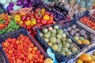 Obst und Gemüseverkauf im Supermarkt