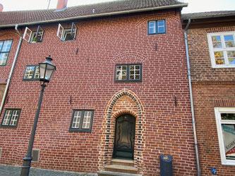 Bild: Geburtshaus vom Komponisten Schulz und das Schwangere Haus
