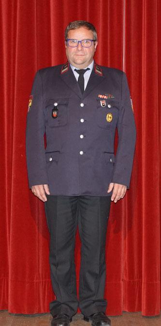 Folkrat Eckardt ist seit 40 Jahren bei der Auersmacher Feuerwehr. Foto: Markus Dincher
