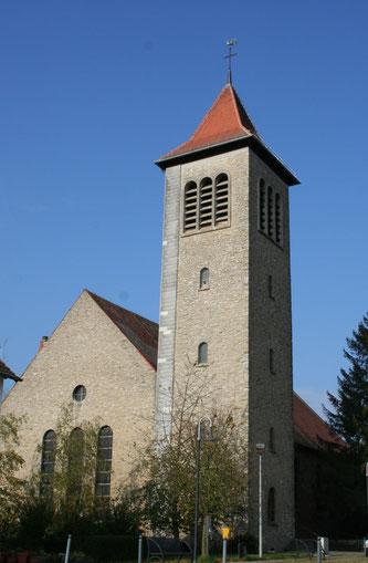 Die Katholische Pfarrkirche in Sitterswald.