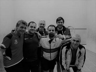 Erhan Horata (2. v.l.) mit seinen Mannschaftskollegen