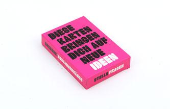 Diese Karten bringen Dich auf neue Ideen. Faltbox mit 50 Karten. Laurence King Verlag 2020.