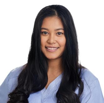 Aphirada Bognar, Dentalassistentin