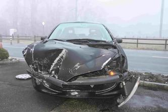 Unfallfahrzeug (Bildquelle: Kantonspolizei St.Gallen)