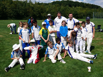 U11 Leman Cup 2017 - The two teams and coaches after the match (3 Sep 2017)