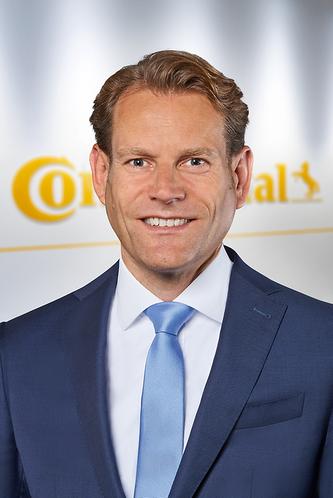 Nikolai Setzer, Mitglied des Vorstands der Continental AG und Leiter der Division Reifen