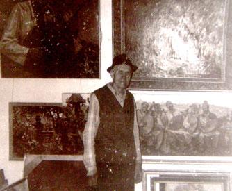 1992 г. Н.А Малинка в своей мастерской.