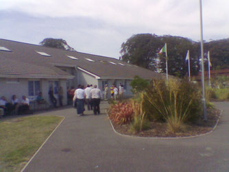 町の小学校の校舎がコンペティションの会場でした。