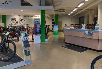 Corratec e-Bike Experten in der e-motion e-Bike Welt in Göppingen