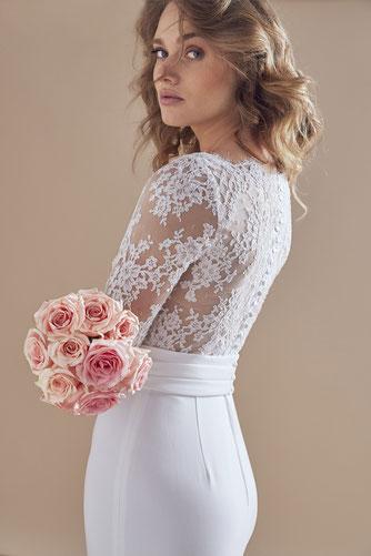 robe de mariée dos dentelle de Calais boutons Yvelines 78