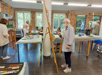 Vormittagskurse im echten Künstleratelier
