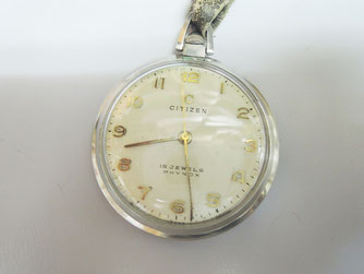 大切な人から譲り受けた時計、思い入れのある時計の修理も責任を持って承ります。