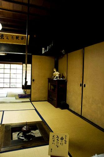 高橋家には、高橋会員の「えんぶり和紙人形」が飾ってあった。