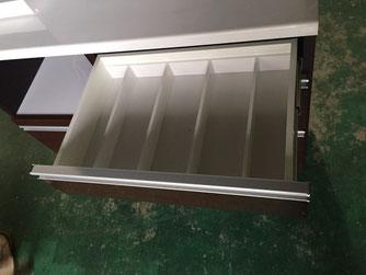 食器棚引き出し部分