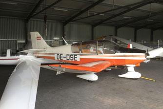 Robin DR400 OE-DSE in hangar