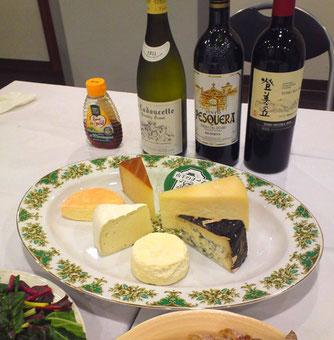 8/30 「残暑をチーズで楽しもう♪」のテーマでチーズをいただく