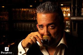 Nespresso Presnesso Lavazza Portrait George ClooneyBretten Eulenspiegel Eule simon knittel fotograf maulbronn foto