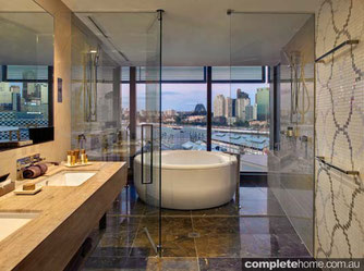 Australian luxury hotel bathrooms