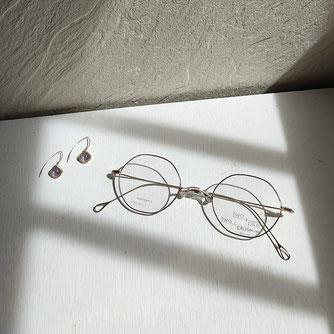 一山 メガネ