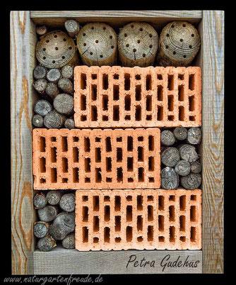 sinn und unsinn von lochziegeln in nisthilfen f r solit re wildbienen und wespen. Black Bedroom Furniture Sets. Home Design Ideas