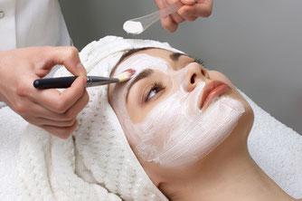 haut, spezialbehandlung haut, hautreinigung, kosmetik, kosmetikstudio euskirchen, professionelle hautreinigung euskirchen