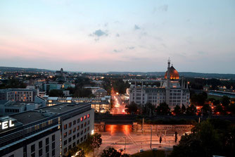 Haus der Presse Dresden, Dachterrasse, DDV Mediengruppe, Abendstimmung, Lesung Brit Gloss, Blick auf die Yenidze Dresden