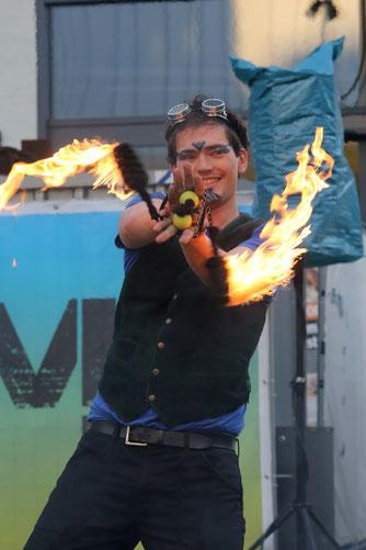 Feuershow Hamburg, Feuershow Bremen, Feuershow Kiel, Feuershow Norddeutschland, Feuershow Hannover