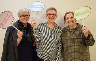 """Von links nach rechts: Irene Elisabeth Zach, Andrea Pfneiszl, Traude Hombauer ©SelbstHilfeGruppe Krebs """"Im Heute leben"""" 2019"""
