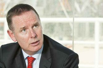 Etihad CEO Tony Douglas is favoring a collaboration with Emirates.