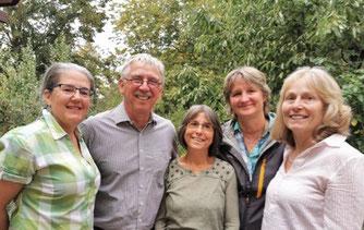 Diese Mitglieder unserer NABU-Ortsgruppe sind für die NAJU-Kindergruppe tätig.