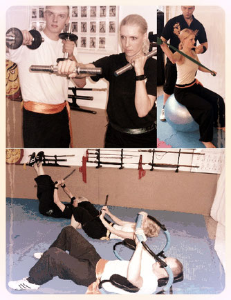 Trainingsinhalte in der Jing Wu Kung Fu Schule, Fitnesstraining mit Hanteln, Theraband, Swingsticks