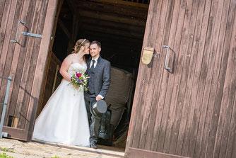 Urig Hochzeit feiern: Rustikale Hochzeit