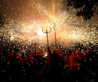 Correfoc - традиции Каталонии