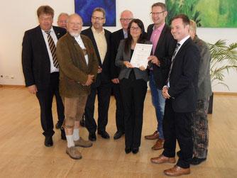 Die Fraktionen von CDU, Bündnis 90/Die Grünen, UWG, FDP und UBP gratulieren Frau Langemeier-Conrad zu ihrer Ernennung zur Ersten Beigeordneten
