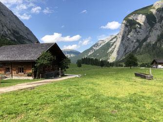 Die Eng-Alm im Karwendelgebirge. - Foto: Nick Büscher