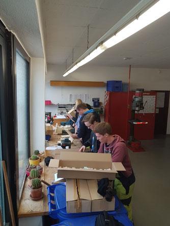 In der Werkstatt werden die Nistkästen angefertigt. Foto: Sven Schaper