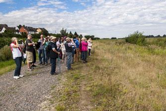 Der NABU Rinteln konnte viele interessierte an den Kiesteichen begrüßen. - Foto: Kathy Büscher