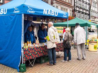 Der NABU legt großen Wert auf Öffentlichkeitsarbeit. - Foto: Kathy Büscher