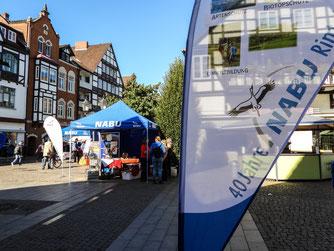 """Beim """"Markt der Aktiven"""" präsentierten sich viele NABU-Gruppen. - Foto: Kathy Büscher"""