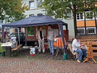 Info-Stand auf dem Ökomarkt im Jahr 2011 - Foto: Kathy Büscher