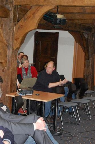 Thomas Brandt weiß über die Situation am Steinhuder Meer bestens bescheid. - Foto: Kathy Büscher