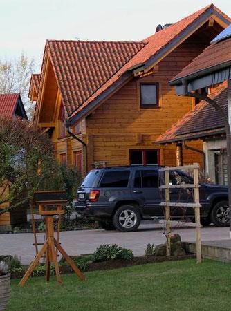 Wohnblockhaus in Hessen - Blockhaus, Holzhaus, Blockhausbau, Energiesparhaus, Wohnhaus, Immobilien, Planung, Neubau, Hausbau, Holzbau, Blockhäuser, Holzhäuser,  Nullenergiehaus