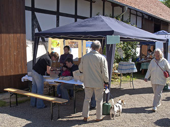 Der NABU-Stand auf Gut Remeringhausen. - Foto: Nick Büscher